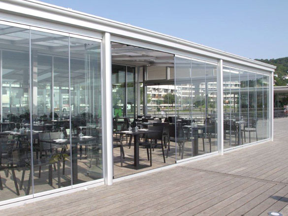 Fermeture terrasse restaurant café protection vent