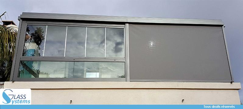 Combinez le garde-corps en verre avec le rideau de verre