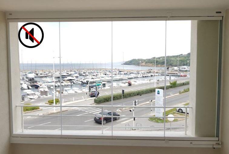 Les fermetures en verre, la bonne solution pour se protéger aussi du bruit !