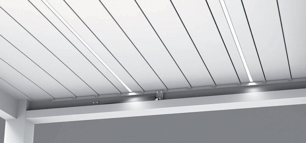 Eclairage bandeau LED sur lame pergola